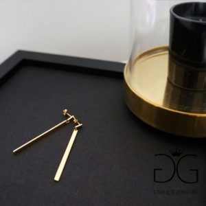 Long minimal bar gold color earrings - GG UNIQUE