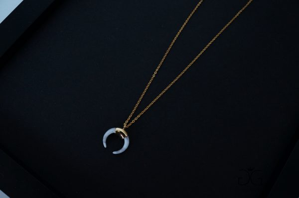 Minimal style stainless steel horn necklace